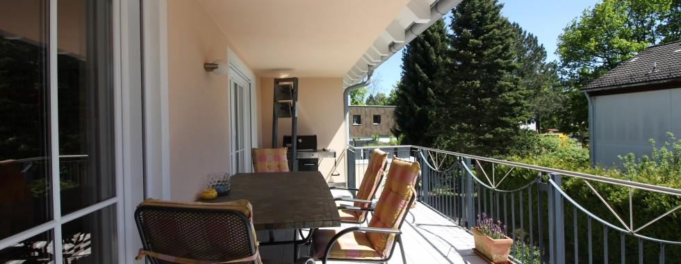 Traumhafte Maisonettewohnung mit viel Flair und großzügigem Balkon in Waldperlacher Top-Lage