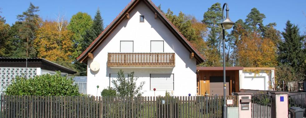 Baugrundstück mit Altbestand in Ottobrunn/Neubiberg in Bestlage