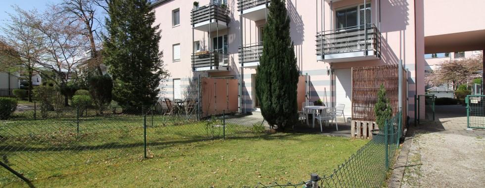 Charmante Maisonettewohnung in Bestlage von Neubiberg mit Garten und Balkon