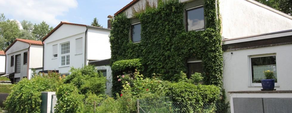 Traumhaft verwunschenes Einfamilienhaus in Riemerlinger-Toplage