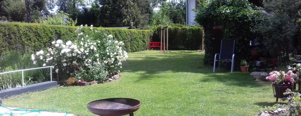 Schönes Einfamilienhaus mit sehr großem Garten in ruhiger Waldperlacher Toplage