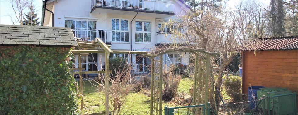 Sehr schöne und ruhig gelegene 2-Zimmerwohnung mit großzügigem Schnitt in München-Altperlach am Hachinger Bach